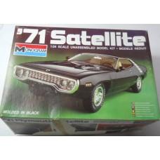 Monogram No. 2213 Plymouth Satellite 1/24 Scale Plastic Model 1971