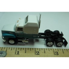 Herpa No. 0001 HO 1-87 Truck Replica White Cab Black Chassis Standard