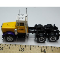 Herpa No. 0008 HO 1-87 Truck International Yellow and White Cab Cottrell Logo Black Chassis Standard