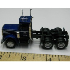 Herpa No. 0009 HO 1-87 Truck International Blue and White Stripe Black Chassis Standard
