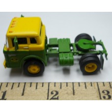 Herpa No. 0011 HO 1-87 Truck Ford John Deer Green and Yellow Cab Green Chassis
