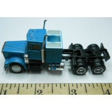 Herpa No. 0019 HO 1-87 Truck Mac Blue Cab Missing Top of Cab Black Chassis