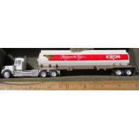 Herpa No. 0089 HO 1-87 Exxon gas tanker white cab and tanker One Only RARE